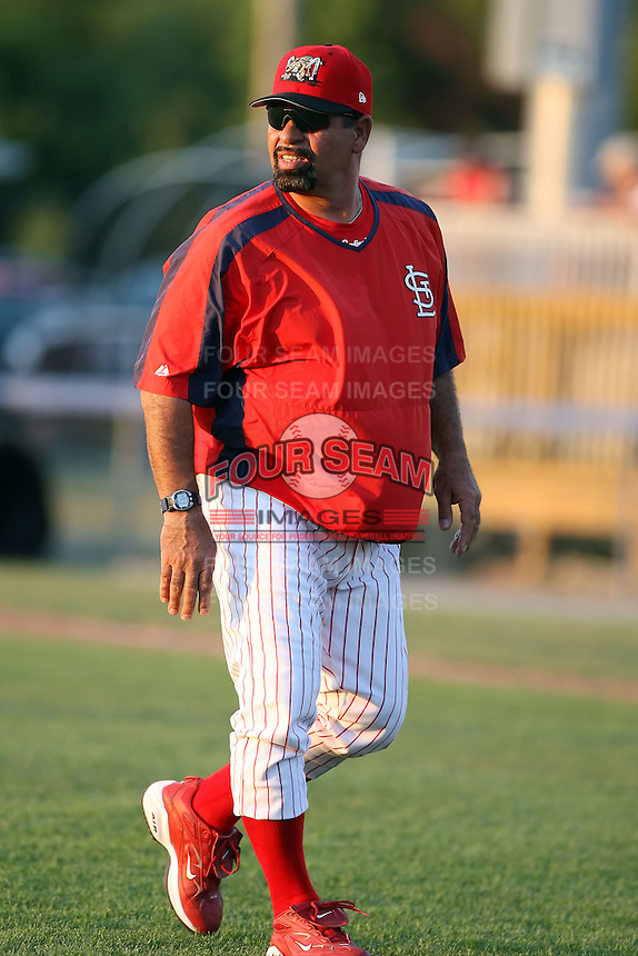 July 8th, 2007:  Al Holland of the Batavia Muckdogs, Short-Season Class-A affiliate of the St. Louis Cardinals at Dwyer Stadium in Batavia, NY.  Photo by:  Mike Janes/Four Seam Images