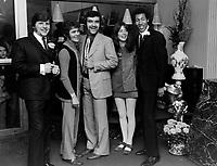Johnny Farago, Frederic Boudreau, Patrick Zabe, Nicole Martin et Raphael Walton (Elmonto)<br /> , en 1969<br /> <br /> Photographe : Photo Moderne