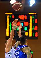 Huskies' Tom Vodanovich shoots during the National Basketball League Final Four semifinal match between Wellington Saints and Auckland Huskies at Te Rauparaha Arena in Porirua, New Zealand on Thursday, 22 July 2021. Photo: Dave Lintott / lintottphoto.co.nz