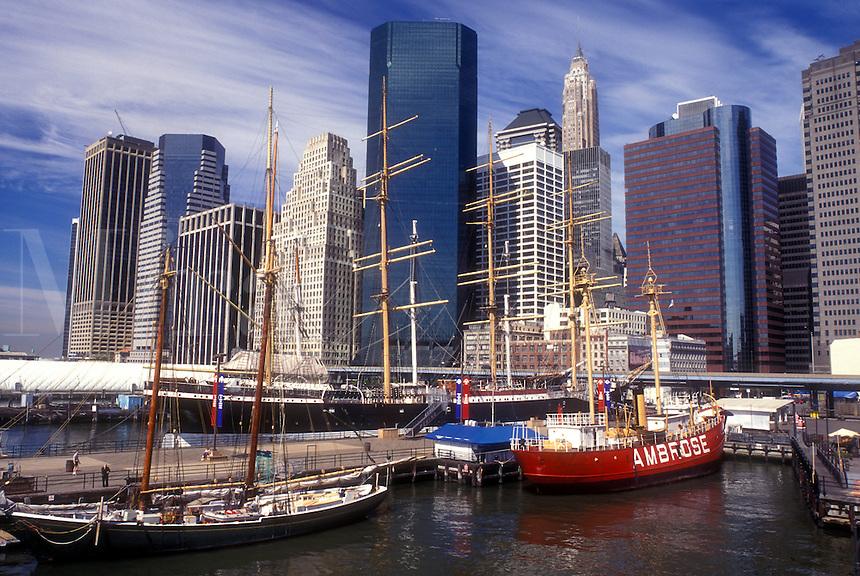 AJ1224, Manhattan, New York City, New York, N.Y.C., Skyline of Lower Manhattan and South Street Seaport Museum on the East River in New York City, New York.
