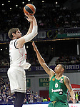 Real Madrid's Andres Nocioni (l) and Panathinaikos Athens' A.J. Slaughter during Euroleague match.January 22,2015. (ALTERPHOTOS/Acero)