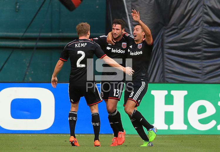 Washington, D.C. - Saturday, May 30, 2015: DC United defeated the Philadelphia Union 2-1 in a MLS match at RFK Stadium.