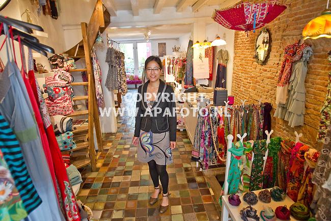 Nijmegen, 030611<br /> Oe Ning Chang van Ming & Mikis, een winkel die gebruik maakt van een Maxima krediet.<br /> Foto: Sjef Prins - APA Foto