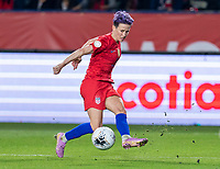 CARSON, CA - FEBRUARY 7: Megan Rapinoe #15 of the United States crosses the ball during a game between Mexico and USWNT at Dignity Health Sports Park on February 7, 2020 in Carson, California.