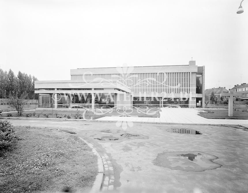 Juli 1969. Sint-Bernadettekerk in Mortsel.