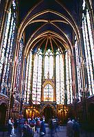Paris: Sainte-Chapelle--interior. Photo '87.