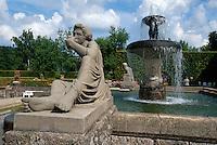 Deutschland, Baden-Baden, Gönneranlage (Jugendstilgarten und Brunnen)