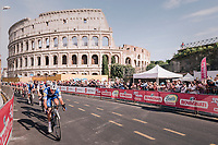 Team Quickstep Floors chasing the 2 leaders down in front of the Colosseum<br /> <br /> stage 21: Roma - Roma (115km)<br /> 101th Giro d'Italia 2018