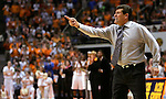 KNOXVILLE, TN--07 JANUARY 2005- 010706JS11-<br /> UConn head coach Geno Auremma yells for his team to come to the sidelines during a time-out in their 80-89 loss to Tennessee Saturday at the Thompson-Boling Arena in Knoxville, Tennessee. <br />  --Jim Shannon Republican American--UConn; Tennessee; Thompson-Boling Arena; Knoxville; Tennessee; Geno Auremma are CQ