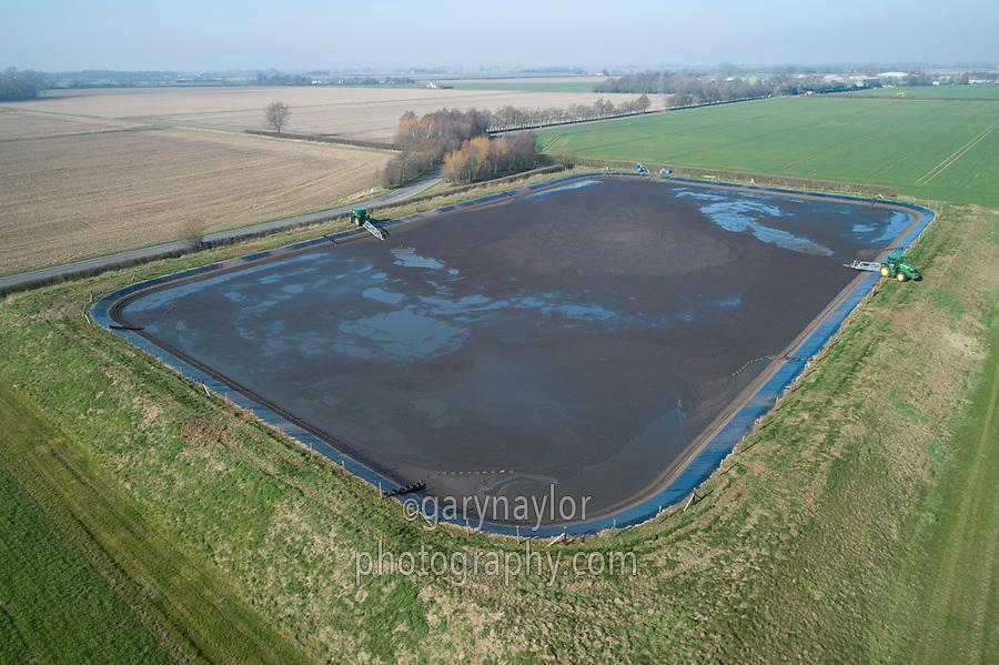 Stirring a digestate reservoir - Lincolnshire, February