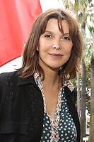 """Tina KIEFFER accueillie par David LISNARD en Mairie pour soutenir l'association """" Toutes ‡ l'Ecole """", Cannes, France, vendredi 5 mai 2017."""