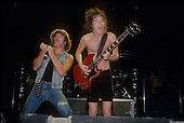 AC/DC (1985 - 1986)
