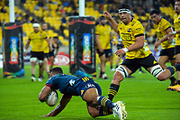 Jona Nareki scores for the Highlanders during during the Super Rugby Aotearoa match between the Hurricanes and Highlanders at Sky Stadium in Wellington, New Zealand on Friday, 30 April 2020. Photo: Dave Lintott / lintottphoto.co.nz