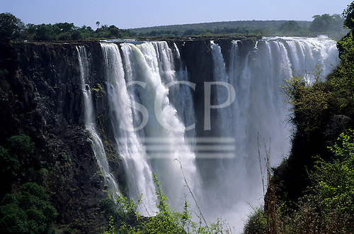 Victoria Falls, Zambia to Zimbabwe border. The Falls from in front.