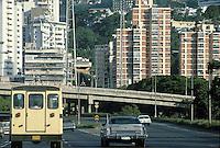 - Caracas, city freeway....- Caracas, autostrada urbana