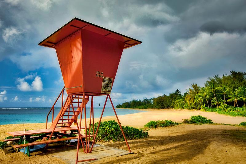 Haena Beach with lifegaurd tower. Kauai, Hawaii