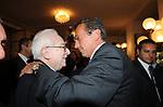 GIANFRANCO FINI ABBRACCIA FRANCESCO COSSIGA<br /> CELEBRAZIONE DEI 60 ANNI DELLO STATO D'ISRAELE TEATRO DELL'OPERA ROMA 2008