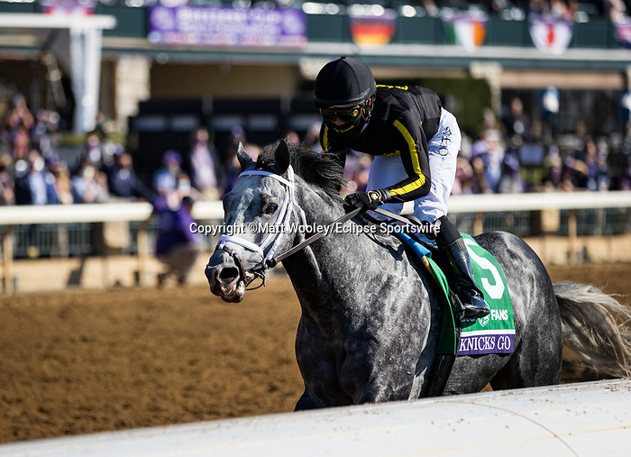 Knick Go (#5, Paynter) wins the BC Dirt Mile at Keeneland 11.07.20. Winning Owner: Korea Racing Authority, Winning Trainer: Brad H. Cox