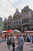 Brussels: Grand Place, Southeast Corner. From left (east), a private home, 1699; another residence, 1702; The Golden Tree, 1696 (successively Tanners, Upholsterers, & Brewers, 1896); statue of Charles De Lorraine & The Swan, 12698, Butcher's; The Star, 1852.  Photo '87.