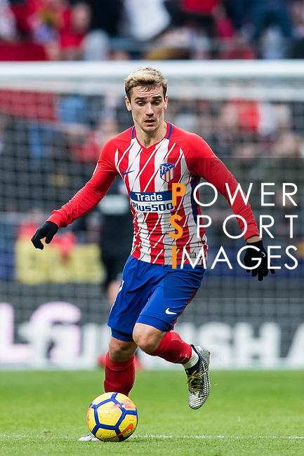Antoine Griezmann of Atletico de Madrid in action during the La Liga 2017-18 match between Atletico de Madrid and Girona FC at Wanda Metropolitano on 20 January 2018 in Madrid, Spain. Photo by Diego Gonzalez / Power Sport Images