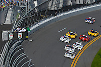 28-31 January, 2016, Daytona Beach, Florida USA<br /> GTLM start: 911, Porsche, 911 RSR, GTLM, Nick Tandy, Patrick Pilet, Kevin Estre, 912, Porsche, 911 RSR, GTLM, Earl Bamber, Frederic Makowiecki, Michael Christensen lead the field.<br /> ©2016, F. Peirce Williams