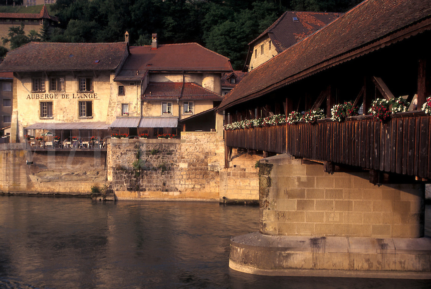 outdoor, town, village, community, city, hotel de ville, city hall, town hall, medieval,