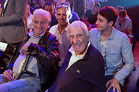 PAUL BELMONDO, VICTOR BELMONDO, JEAN PAUL BELMONDO, CHARLES GERARD - ASSISTENT AU COMBAT ENTRE TONY YOKA ET JONATHAN RICE SUR LE RING DU ZENITH DE PARIS, FRANCE, LE 14/10/2017.
