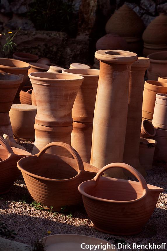 Spanien, Mallorca, Verkauf von Keramik in Portol
