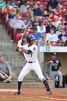 Cedar Rapids Kernels outfielder Byron Buxton #7 bats during a game against the Kane County Cougars at Veterans Memorial Stadium on June 8, 2013 in Cedar Rapids, Iowa. (Brace Hemmelgarn/Four Seam Images)