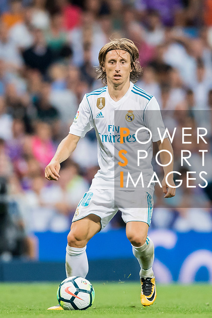 Luka Modric of Real Madrid in action during their La Liga 2017-18 match between Real Madrid and Valencia CF at the Estadio Santiago Bernabeu on 27 August 2017 in Madrid, Spain. Photo by Diego Gonzalez / Power Sport Images