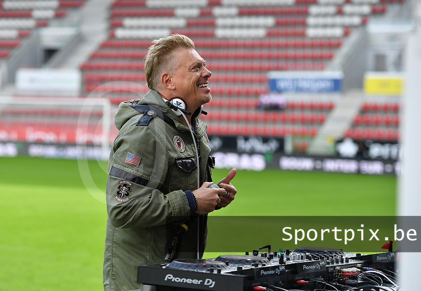 Pat Krimson pictured before a female soccer game between Zulte Waregem and the KAA Gent Ladies on the fourth matchday of the 2020 - 2021 season of Belgian Scooore Womens Super League , saturday 10 October 2020  in Waregem , Belgium . PHOTO SPORTPIX.BE | SPP | DAVID CATRY