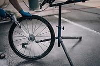 wheel clean<br /> <br /> 104th Tour de France 2017<br /> Stage 7 - Troyes › Nuits-Saint-Georges (214km)