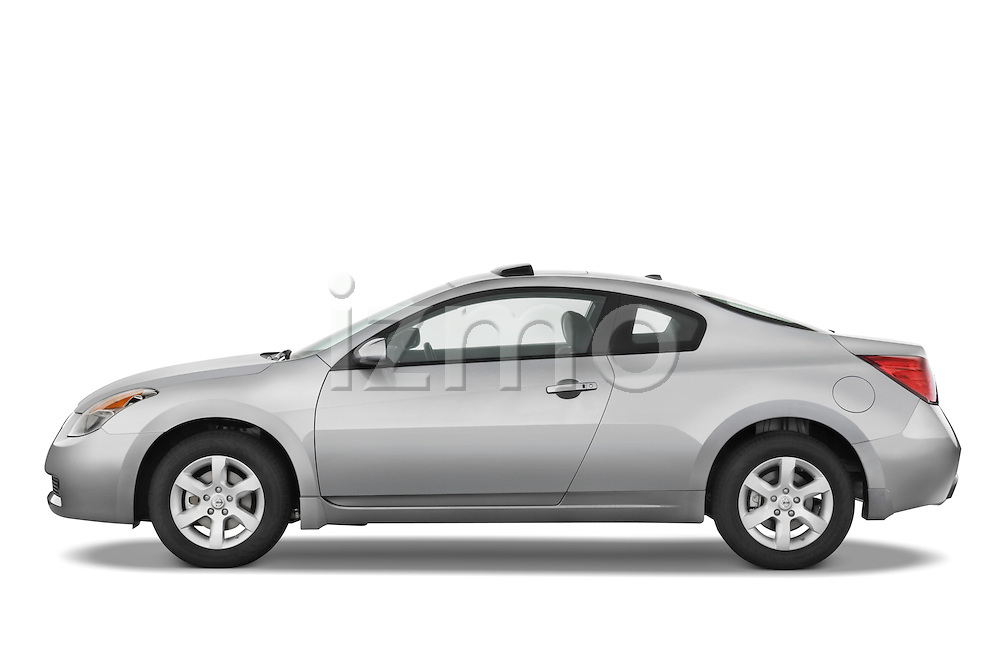 Driver side profile view of a 2008 Nissan Altma Coupe