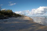 Bribie Island.Große Sandinsel vor der Küste Australiens. Sie liegt etwa 70 Kilometer nördlich von Queenslands Hauptstadt Brisbane. Bribie Island ist 34 Kilometer lang und bis zu 8 Kilometer breit..Bribie Island:.is a large sand island in the northern part of Moreton Bay, Queensland in Australia. Bribie Island is one of two islands connected to the Queensland mainland by a bridge. .Foto: Karoline Maria Keybe.01577 7729355.karoline@karoline-maria.com.Ernestistraße 12.04277 Leipzig.01577 7729355.Steuernummer: 231/238/07774..Deutsche Bank, Konto-Nr. 1272228, BLZ 86070024.Keine Umsatzsteuerpflicht nach Kleinunternehmerregelung § 19 Absatz 1 UStG