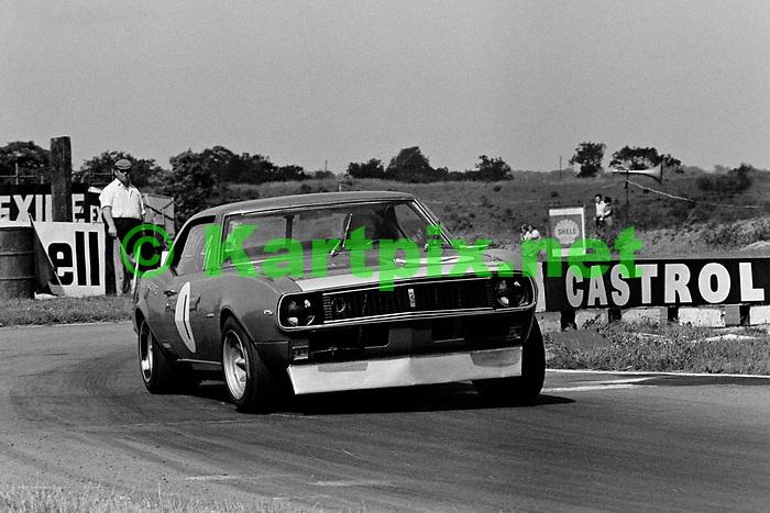 Roy Pierpoint, British touring cars Croft 1969.