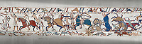 Bayeux Tapestry scene 53a : Fierce fighting between Norman and Saxon soldiers at The Battle of Hastings.