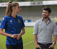 Marie Minnaert (13) of Club Brugge and Head coach Dennis Moerman of Club Brugge pictured before during a female soccer game between SV Zulte - Waregem and Club Brugge YLA on the fourth matchday of the 2021 - 2022 season of the Belgian Scooore Womens Super League , saturday 11 of September 2021  in Harelbeke , Belgium . PHOTO SPORTPIX | DIRK VUYLSTEKE