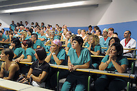 - Milano, assemblea sindacale all ospedale San Raffaele contro la minaccia di 450 licenziamenti fra il personale<br /> <br /> - Milan, union meeting at San Raffaele Hospital against the threat of 450 layoffs among the staff