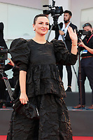 VENICE, ITALY - SEPTEMBER 04: Arisa walks the red carpet ahead of the movie Padrenostro at the 77th Venice Film Festival at on September 04, 2020 in Venice, Italy. PUBLICATIONxNOTxINxUSA Copyright: xAnnalisaxFlori/MediaPunchx <br /> ITALY ONLY