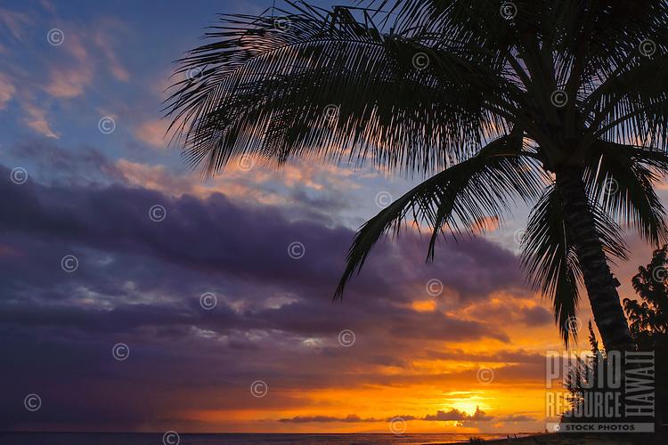 Sunset along the Waimea coastline, Kaua'i.