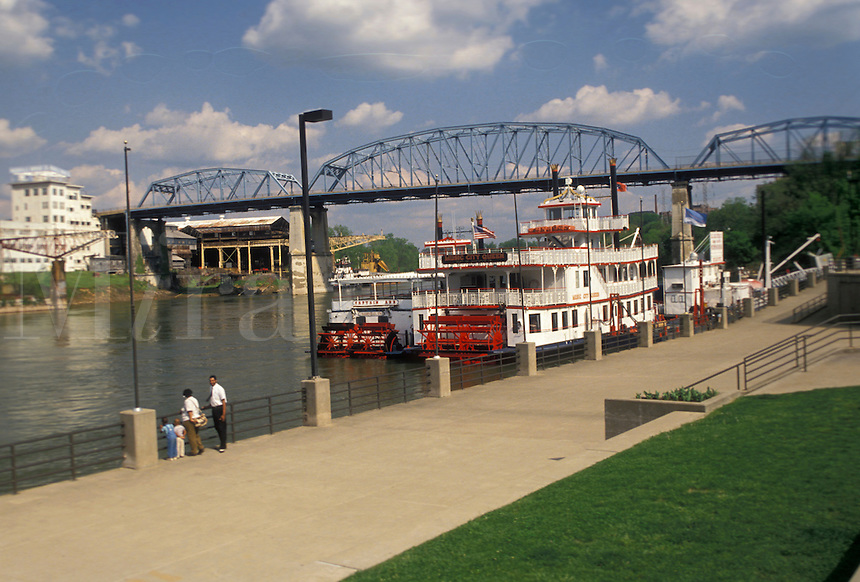 AJ4158, paddle wheeler, Nashville, River Front Park, Tennessee, Paddle-wheel cruise riverboats docked at River Front Park on the Cumberland River in Nashville in the state of Tennessee.