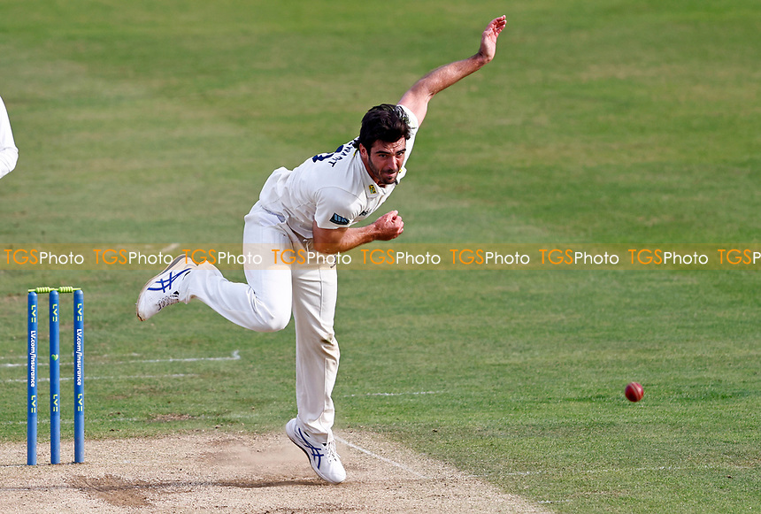 Grant Stewart bowls for Kent during Kent CCC vs Worcestershire CCC, LV Insurance County Championship Division 3 Cricket at The Spitfire Ground on 6th September 2021