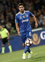 Calcio, Serie A: Napoli, stadio San Paolo, 2 aprile, 2017.<br /> Juventus Sami Khedira (r) in action during the Italian Serie A football match between Napoli and Juventus at San Paolo stadium, April 2, 2017<br /> UPDATE IMAGES PRESS/Isabella Bonotto