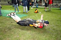 Robin Grewe (D) jubelt auf seine Weise<br /> Länderspiel Deutschland vs. Schweden<br /> *** Local Caption *** Foto ist honorarpflichtig! zzgl. gesetzl. MwSt. Auf Anfrage in hoeherer Qualitaet/Aufloesung. Belegexemplar an: Marc Schueler, Am Ziegelfalltor 4, 64625 Bensheim, Tel. +49 (0) 151 11 65 49 88, www.gameday-mediaservices.de. Email: marc.schueler@gameday-mediaservices.de, Bankverbindung: Volksbank Bergstrasse, Kto.: 151297, BLZ: 50960101
