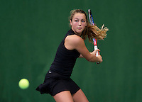 Almere, Netherlands, December 6, 2015, Winter Youth Circuit, Tess Menten (NED)<br /> Photo: Tennisimages/Henk Koster