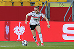 v.li.: Klara Bühl (Deutschland, 19) am Ball, Freisteller, Einzelbild, Ganzkörper, Aktion, Action, Spielszene, DIE DFB-RICHTLINIEN UNTERSAGEN JEGLICHE NUTZUNG VON FOTOS ALS SEQUENZBILDER UND/ODER VIDEOÄHNLICHE FOTOSTRECKEN. DFB REGULATIONS PROHIBIT ANY USE OF PHOTOGRAPHS AS IMAGE SEQUENCES AN/OR QUASI-VIDEO., 21.02.2021, Aachen (Deutschland), Fussball, Länderspiel Frauen, Deutschland - Belgien <br /> <br /> Foto © PIX-Sportfotos *** Foto ist honorarpflichtig! *** Auf Anfrage in hoeherer Qualitaet/Aufloesung. Belegexemplar erbeten. Veroeffentlichung ausschliesslich fuer journalistisch-publizistische Zwecke. For editorial use only.