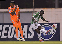 ENVIGADO- COLOMBIA, 30-04-2019.Acción de juego entre los equipos Envigado el Atlético Nacional durante partido por la fecha 19 de la Liga Águila I 2019 jugado en el estadio Polideportivo Sur de la ciudad de Medellín. /Action game between teams  Envigado and Atletico Nacional  during the match for the date 19 of the Liga Aguila I 2019 played at Polideportivo Sur stadium in Medellin  city. Photo: VizzorImage / Leon Monsalve/ Contribuidor