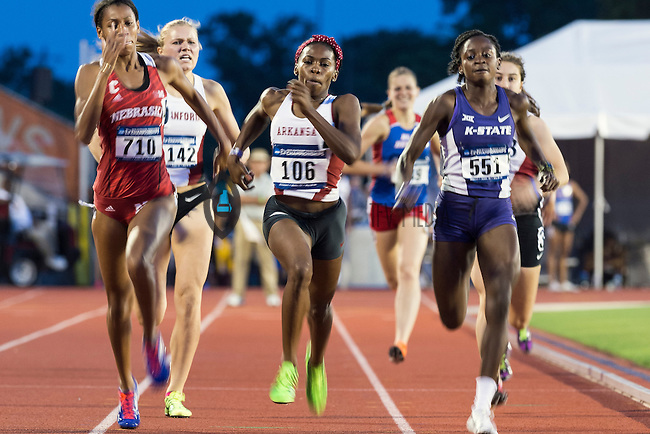 Shawnice Williams of Nebraska, Chrishuna Williams of Arkansas and Sonia Gaskin of Kansas State compete in 800 meter prelims during West Preliminary Track and Field Championships, Friday, May 29, 2015 in Austin, Tex. (Mo Khursheed/TFV Media via AP Images)