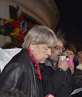 Renaud <br /> place de la république<br /> 7 janvier 2016<br />  le retour?<br /> © laurent COHEN/ DALLE