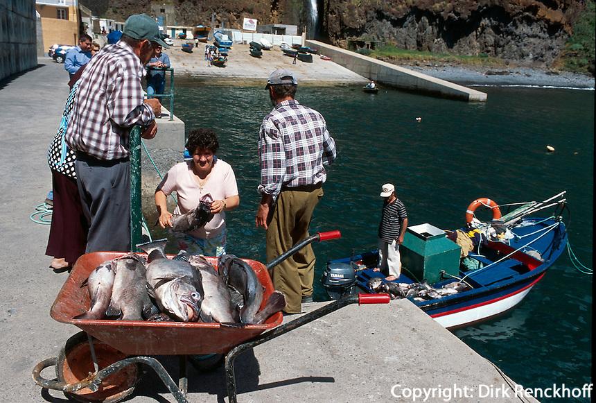 Portugal, Madeira, Fischer in Paul do Mar